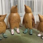 木製ペンギン いまは4人家族が揃って、もう寂しくないと思います。