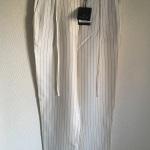 Massimo Duttiのパンツ いつも迅速で丁寧で、手数料も安いので安心して利用できます。